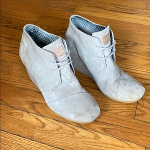 Toms lace up booties